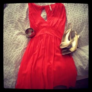 7 Closet Basics Every Woman Needs In Her Wardrobe