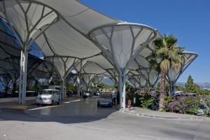 Split_Airport_terminal