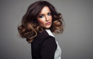 What Hair Color Is Best For Light Skin? Get Best Ideas From Experts