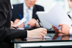 7 Things To Consider Before You Hire Personal Injury Lawyer
