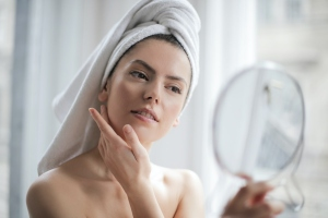 Glow Your Skin to Get More Positive Appearance