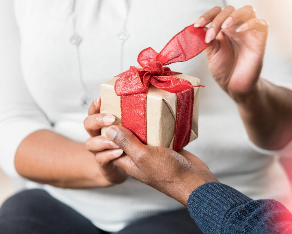 Top 7 Gifts For Your Wife's Birthday